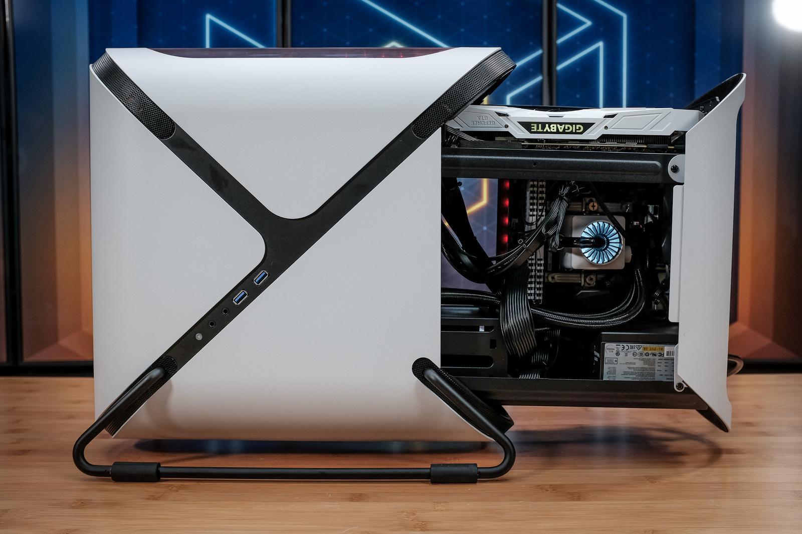 Portal Mini Case